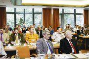 Die Einladung der BKV-Nord zur Fachtagung war auf große Resonanz gestoßen. Vorne v.l.: LIM Holger Rathjen und BKV-Vorsitzender Heinrich Kolls.