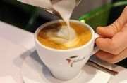 Ökologischer Anbau, fairer Handel und angemessene Bezahlung der Kaffeebauern sind Verbrauchern weiterhin wichtig.