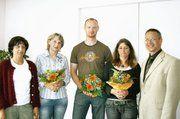 Mit Simona Jahnke, Sandra Schulz und Marco Götz konnte Obermeister Wolfgang Grünberg (von rechts) neue Innungsmitglieder begrüßen. Links im Bild Kirsten Gmirek von der Kreishandwerkerschaft Prignitz.