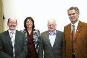 Obermeister Georg Strohmaier, Geschäftsführerin Erika Aeckerle, Bäckermeister Gunther Grau, Bäckermeister Peter Mahl (von links).