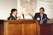 Schulleiter a.D. Helmut Mühlhäuser (l.), hier mit Wilhelm Jung, referierte über die Besonderheiten bei der Dinkelverarbeitung.