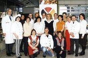 Die glücklichen Ernährungsberater der 5. Serie in Weinheim, darunter die einhunderste Absolventin Stefanie Meyer (3. von rechts).