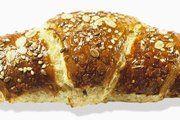Das Bio-Laugen-6-Korn-Croissant ist neu im Sortiment von Moin.