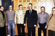 Für die nächsten zwei Jahre der neue Vorstand der Bäckerinnung Salzgitter nach der Wahl in der Jahresversammlung (von links): Beisitzer Heinrich Samtlebe, Bernd Pöhl, Burkhard Marg, Obermeister Henning Rühmann, Peter Scholz, Horst Benischowski.