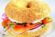 Bagel-Sandwich mit Lachs – ist eine von insgesamt elf Varianten, die in Mainz angeboten werden.