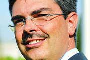 Dieter Dohr folgt als Vorsitzender der Geschäftsführung Franz Reisbeck nach.
