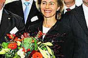 Ursula von der Leyen dankte Unternehmen für ihr Engagement.