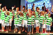 """Die Jugendshowgruppe """"Flying Superkids"""" zeigte in mehreren Shows spektakuläre Akrobatik am Messestand der K&U-Bäckerei in Freiburg."""