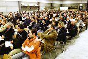 Rund 300 Betriebsinhaber nahmen an der Informationsveranstaltung der Handwerkskammer Niederbayern·Oberpfalz in Regensburg über aktuelle Finanzierungsfragen teil.