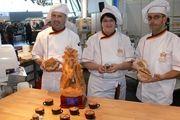 Siegfried Brenneis, Eva-Marie Kientz und Gerhard Gröber, als Mitglieder der Bäckernationalmannschaft wieder in Rimini im Einsatz.