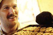 Jürgen Tandetzki stellte seine konventionelle Bäckerei auf eine rein handwerkliche Keksproduktion um.