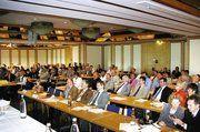 Über 200 Delegierte und Gäste füllten den Saal des Göttinger Hotels Freizeit In am 1. Tag des Verbandstages.