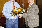 Bernd Faulstich (rechts) gratulierte Joachim Michel, dem neuen Obermeister der Bäckerinnung Fulda.