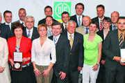Erhielten die höchste Auszeichnung der deutschen Ernährungswirtschaft: Die Bundesehrenpreisträger 2009 der Backwarenbranche.