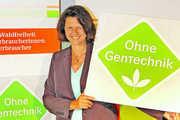 """Landwirtschaftsministerin Ilse Aigner bei der Präsentation der neuen """"Ohne Gentechnik""""-Kennzeichnung."""