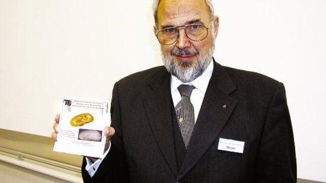 """Prof. Dr. Friedrich Meuser präsentierte eine """"gentechnische Sensation""""."""