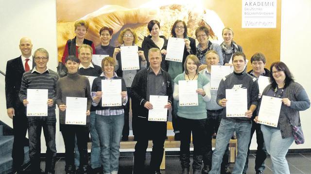 """Den neu eingerichteten Studiengang """"Bäcker-Gastronomie"""" haben bereits 34 Teilnehmer erfolgreich absolviert.  (Quelle: Akademie Weinheim)"""