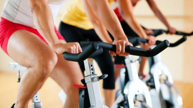 Lohnendes Training: Fitte Fachkräfte leisten mehr.  (Quelle: Fotolia)