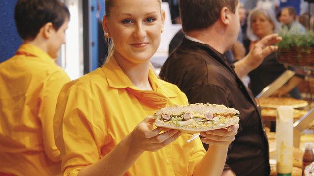 Das Geschäft mit belegten Brötchen und Broten hat weiter Potenzial. Wichtig sind aber kreative Angebote und professioneller Service.  (Quelle: Kauffmann)