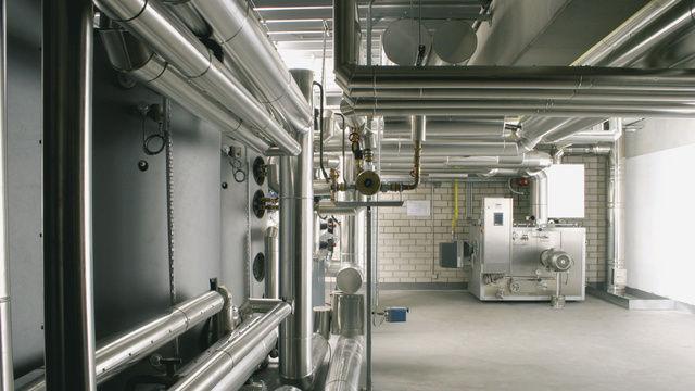 Bei zentraler Befeuerung der Backöfen reduziert sich der Aufwand zur Wärmerückgewinnung deutlich.  (Quelle: Heuft)