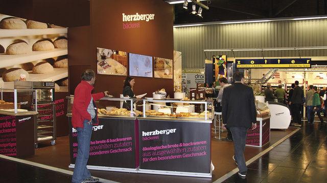 Zahlreiche Produktneuheiten – Tiefkühl-Teiglinge (Bäckerei Herzberger), Bierkrustenbrot (Meiermühle), Biohefe (Wieninger) – machten die Biofach auch für Bäcker zu einer Messe mit Mehrwert.  (Quelle: Stumpf)