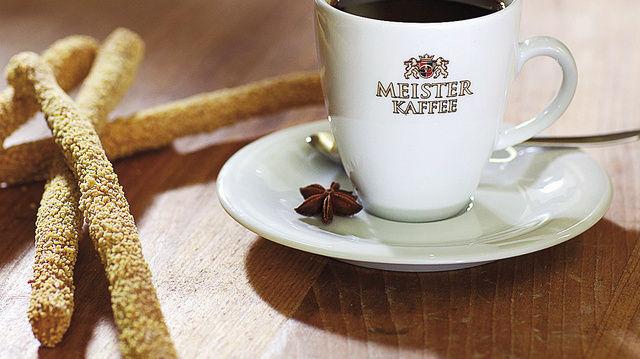 Ingwer-Fenchel-Gewürz-Kaffee als Vorschlag aus dem 'Meister-trifft-Meister'-Konzept.