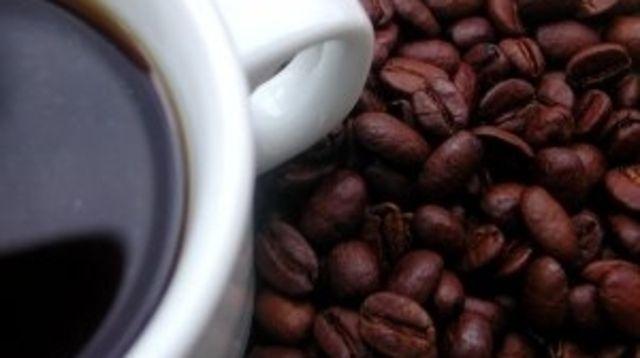 Kaffee ist ein guter Umsatzbringer. Da  kann Hintergrundwissen nicht schaden.  (Quelle: Archiv)