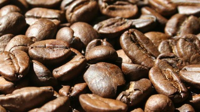 Das Genussmittel Kaffee ist nun bei Ladendiebstählen auf einer Stufe mit Zigaretten.