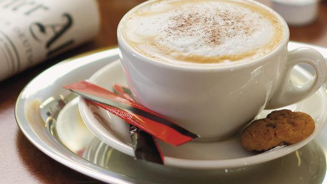 Starker Auftritt: Kaffeespezialitäten sind ein wichtiger Baustein erfolgreicher Snackkonzepte.  (Quelle: Archiv)