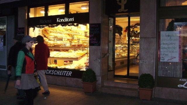 Wenn in einer Bäckerei der Strom weg ist, stehen alle Räder still.  (Quelle: Stökle)