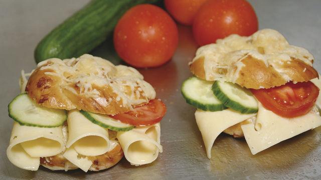 Leckerer Käsesnack vom Bäcker: Im Bereich der Lebensmittel für Vegetarier hat die Backbranche klar die Nase vorn vor den anderen Anbietern. Nur muss darauf auch hingewiesen werden.  (Quelle: Heinrichsthaler)