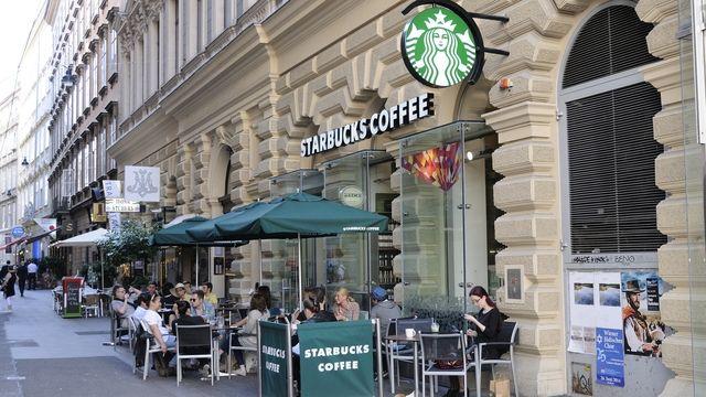 Starbucks in Wien.  (Quelle: Kauffmann/Archiv)