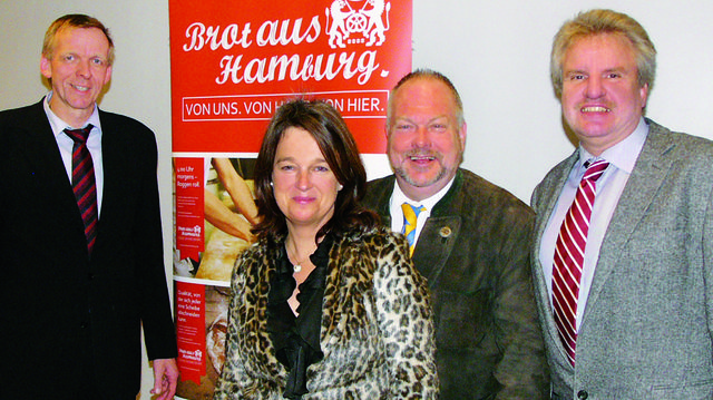 Erfolgreiche Aktionen beflügeln. Zufrieden gehen Obermeister Jan-Henning Körner (von links) und die Vorstandskollegen Katharina Daube, Heinz Hintelmann und Dirk Hansen aus der Verbandssitzung.  (Quelle: Hoffmeister)
