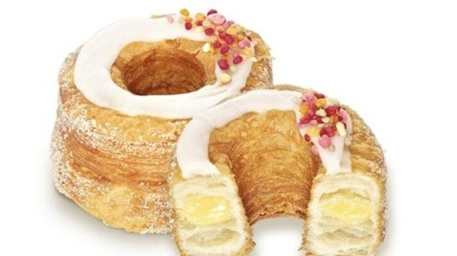 Der Cronut-Hype hat auch Hersteller wie Vandemoortele zu neuen Kreationen inspiriert, hier der Crousti Donut Vanilla.  (Quelle: Archiv/Vandemoortele)