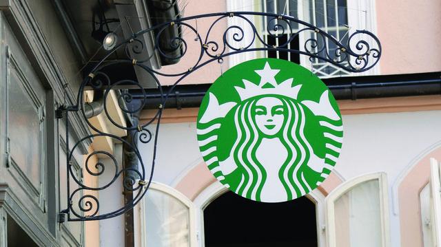 Das Wort Kaffee hat Starbucks aus dem Logo entfernt.  (Quelle: Archiv / Kauffmann)