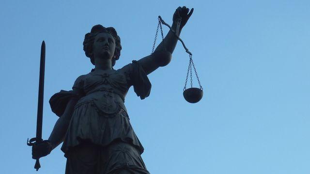 Die Justiz beschäftigt sich mit dem Namen Merci.  (Quelle: Lupo/pixelio.de)