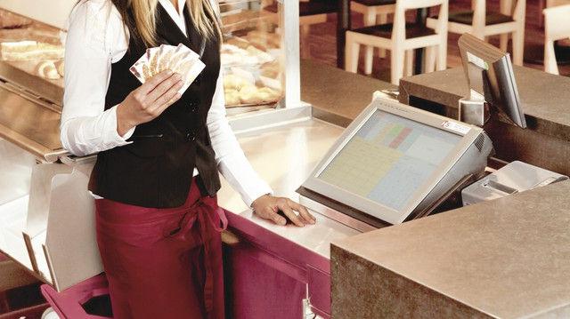 Eine Karte – viele Möglichkeiten:   Kundenkartensysteme bieten eine Fülle an Funktionen. (Quelle: HS-Soft)