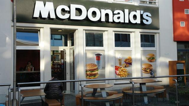 Der Umsatzrückgang bei McDonald's Deutschland ist gestoppt. (Quelle: Archiv / Kauffmann)