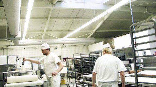 Eine freundliche Arbeitsatmosphäre herrscht in der Bäckerei Thonke.