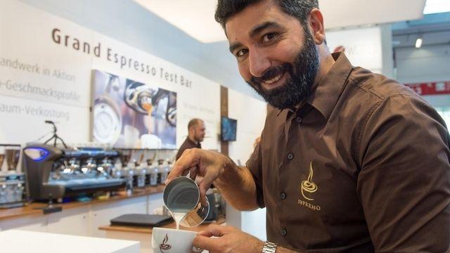 Die Kaffeerösterei Supremo stellt ihr Know-how und ihr Personal für Fachgespräche bereit. (Quelle: GHM)