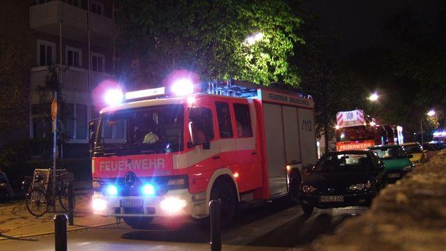 Die alarmierte Feuerwehr musste bei der versuchten Brandstiftung nicht eingreifen. (Quelle: Archiv/Verkehrssicherheit)