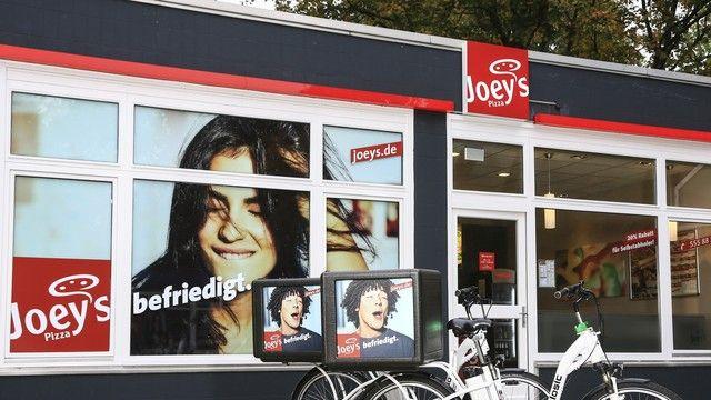 Der Pizza-Coup des Jahres: Joey's Pizza ist künftig Teil des Weltmarktführer Domino's. (Quelle: Unternehmen/Joey's)