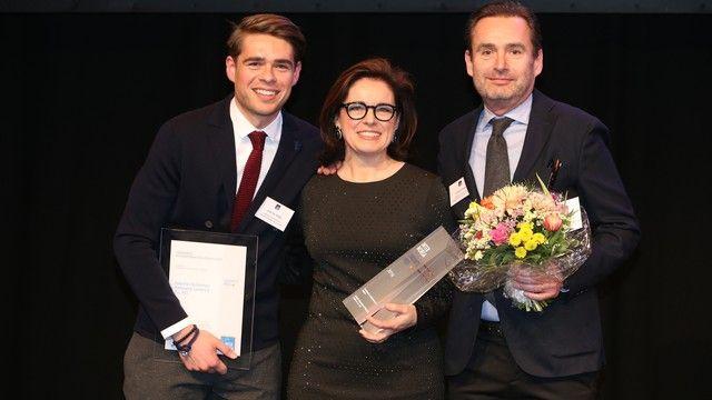 Dominic Krätz (von links) bei der Preisverleihung mit Gewinnerin Isabella Krätz und Christof Krätz.  (Quelle: Internorga)