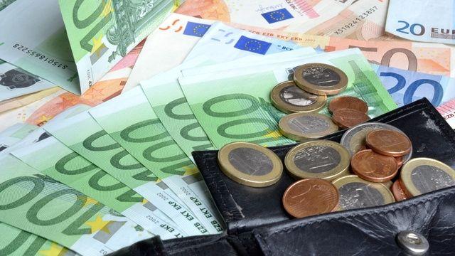 Auf Lebensmittelbetriebe könnte nach Inkrafttreten des Gesetzes weitere Kosten zukommen. (Quelle: Andreas Hermsdorf/Pixelio.de)