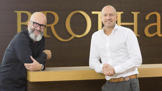 Jürgen Bräuninger (li.) und Marcus Fischer, die Geschäftsführer des gemeinsamen Unternehmens Brothaus. (Quelle: fotografie andreas riedel)