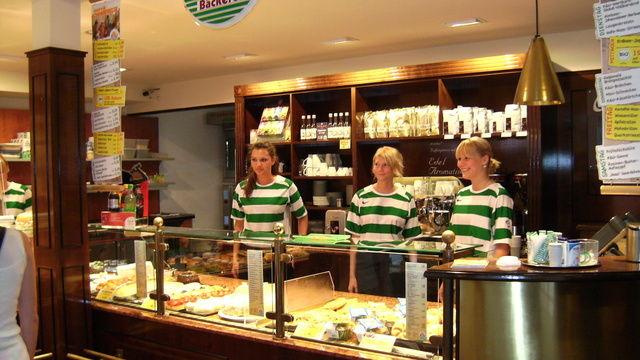 Die K&U-Bäckerei setzt verstärkt auf gute Ausbildungskonzepte. So hat sich auch die Azubi-Filiale etabliert.  (Quelle: Unternehmen)