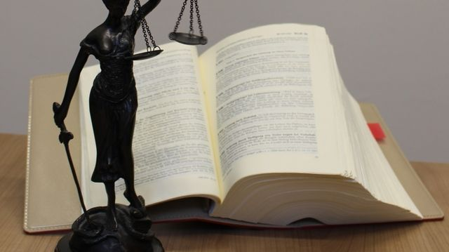 Die Beschuldigten wurden zu Geldstrafen verurteilt. (Quelle: Martin Moritz/pixelio.de)