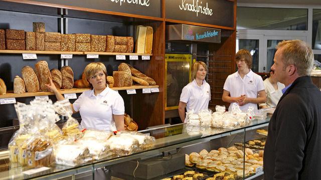 Fast 60 Prozent der Verbraucher vertrauen Handwerksbäckern voll, wenn es um die Lebensmittelqualität geht. (Quelle: ZV)