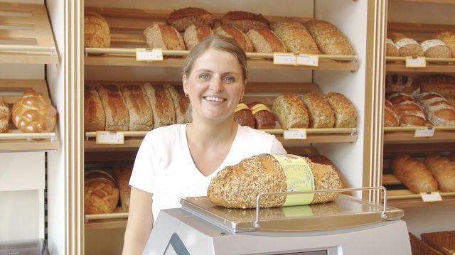 Qualität im Verkauf: Ein freundliches Lächeln und eine offene Kommunikation gehören dazu. (Quelle: ABZ/Archiv)