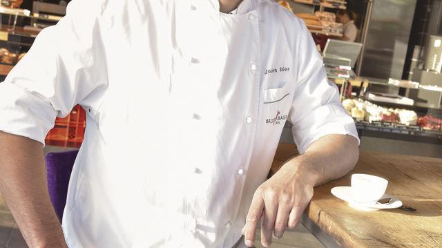 Jochen Baier hat sich mit dem Bäcker Baier Backhaus einen Lebenstraum erfüllt. (Quelle: Vecsey)